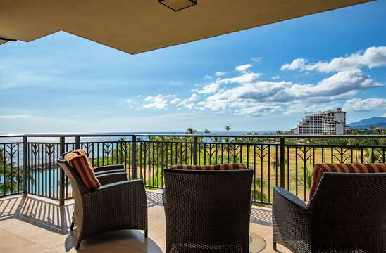 Gorgeous Beach and Skyline View on Beach Villas BT-608 Lenai