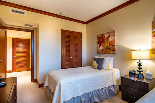 Twin Beds can be Converted to a King in the bedroom inside BT 505