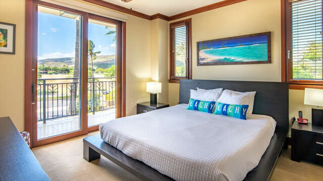 Large Master Bedroom with a King Size Platform Bed and Tempurpedic Mattress in Beach Villas OT-210