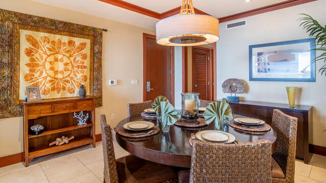 Dining Area with Luxury Furnishings in our Villa for Rent in Oahu Honolulu