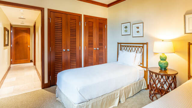 Bedroom with Twin Beds and Gorgeous Views in our Ko Olina Resort Vacation Rental