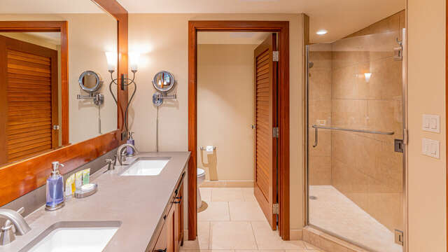 The Walk-in Shower of the Master Bath