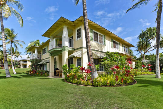 An Image of the Front Side of the Oahu Vacation Condo.