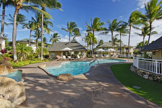 Pool and palm trees at the Kai Lani.