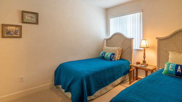 Third Bedroom Features Two Twin Beds.