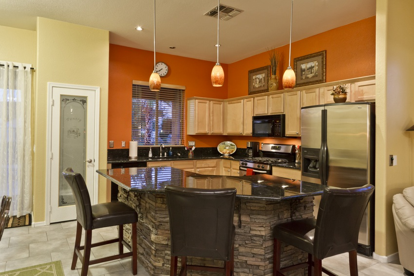 Kitchen Stone Center Island With Barstool Seating
