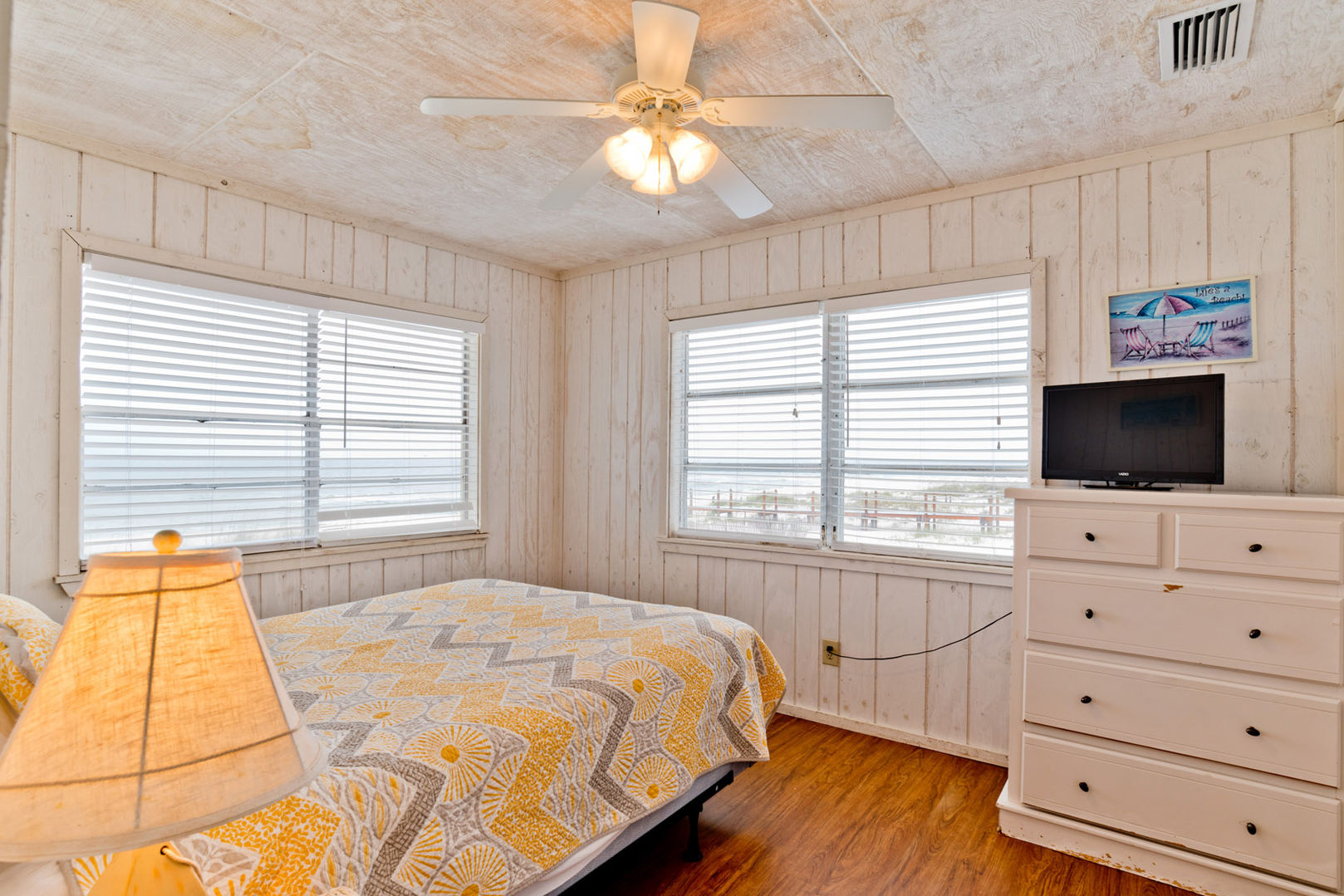 Master Suite is Beach Front