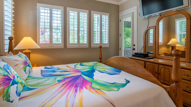 Master Bedroom has Direct Access to the Lanai.
