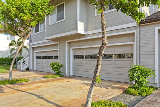 Large Garage, plus Driveway Parking of this Ko Olina condo rental.