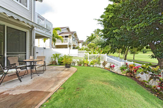 Lanai of this Ko Olina condo rental for Outside Dining complete with table and chairs.