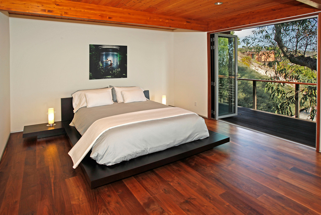 Bedroom #3 w/balcony access