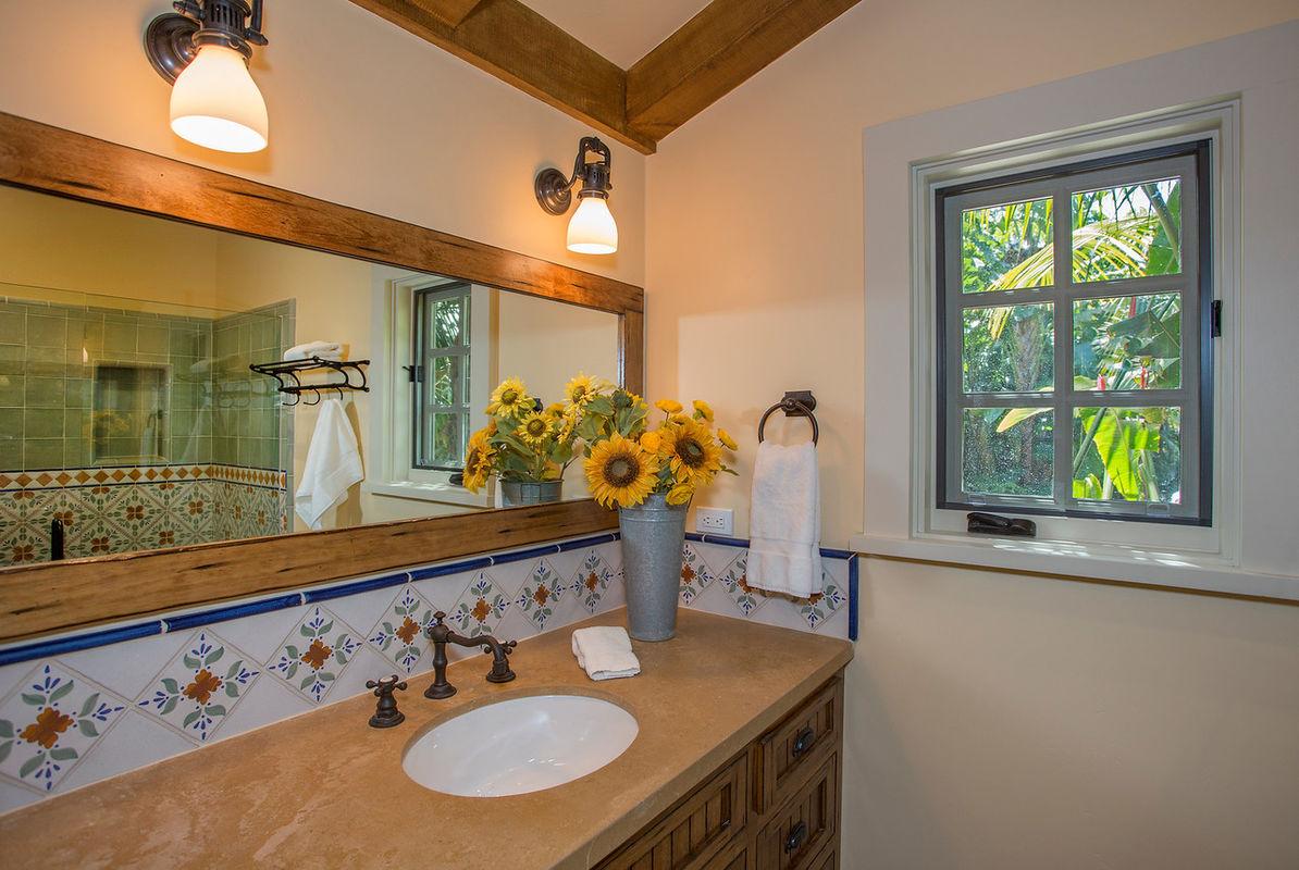 En suite Bathroom to Master Suite #3