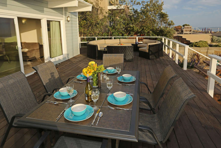Wine and dine al fresco on the spacious deck