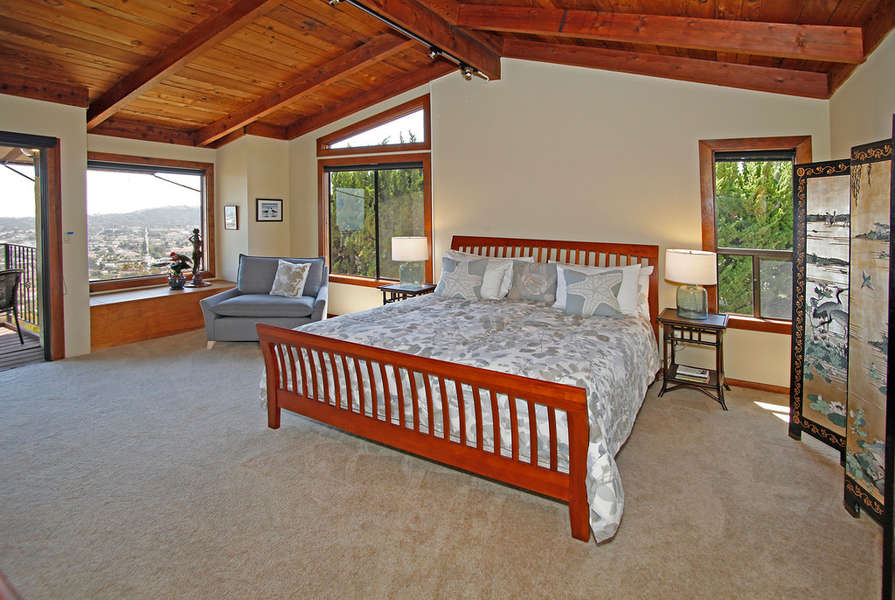 Spacious and bright Master Suite