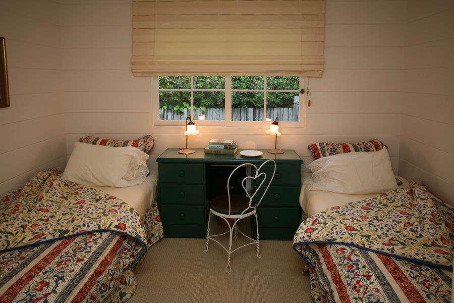 Bedroom #3 w/ 2 Twin Beds