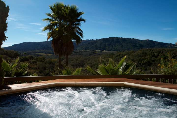 Huge hot tub with great views