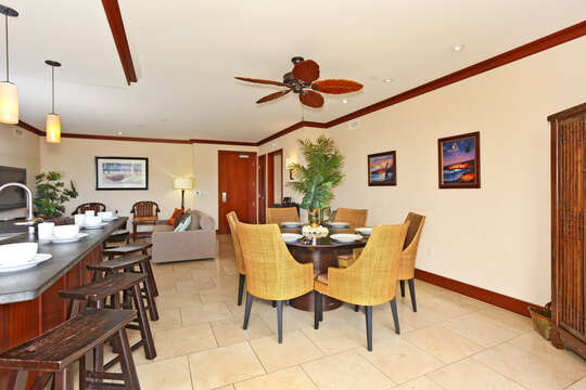 Breakfast Bar and Dining Area in our Oahu Vacation House Rental