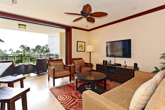 Living Area with Ocean View inside Beach Villas OT-305