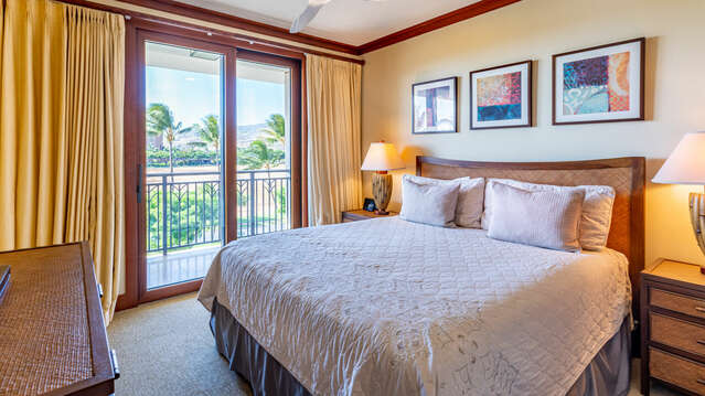 Comfortable Master Bedroom in our Oahu Vacation House Rental