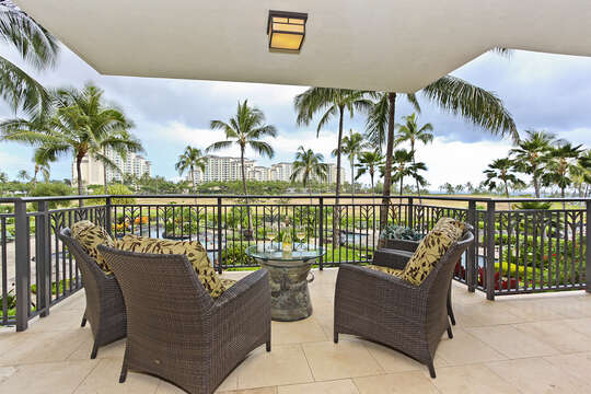 Watch your family splash around in the Lagoon Pool from the comfort of your fully furnished lanai. You could also sneak a peak of the ocean from there too!