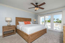 Downstairs Master - Ocean Front With Deck
