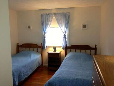 Bedroom #2 with 2 Twin Beds - 26 Ridgevale Road South Harwich Cape Cod New England Vacation Rentals