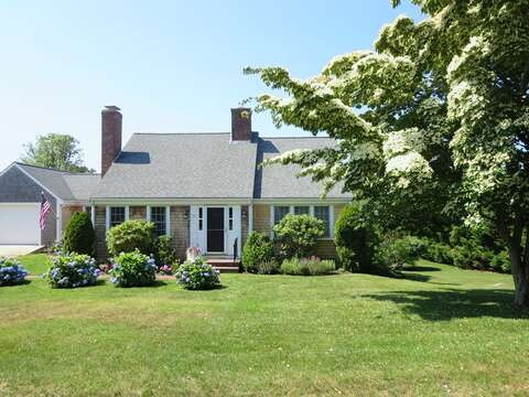 Welcome to BreakAway! - 13 Monomoy Circle Chatham Cape Cod New England Vacation Rentals