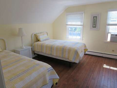 Upstairs Bedroom #3 with 2 twin Beds - 13 Monomoy Circle Chatham Cape Cod New England Vacation Rentals