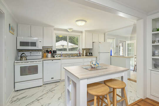 Island has seating for 2 -54 Hiawatha Road Harwich Port Cape Cod New England Vacation Rentals