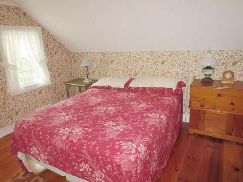 Bedroom 3 with 1 Queen bed on the 2nd floor - 13 Lincoln Village Harwich Port Cape Cod New England Vacation Rentals