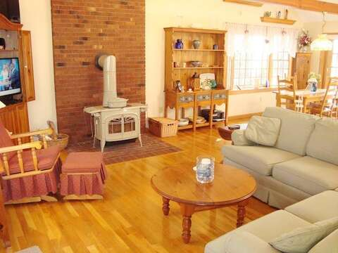 Living area with flat screen - 11 Cranwood Road Harwich Cape Cod New England Vacation Rentals