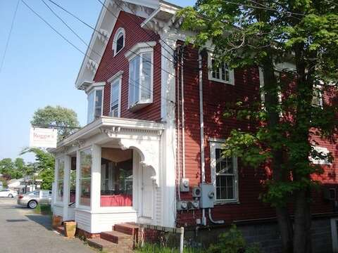 Have breakfast or lunch at Ruggies- easy bike ride - just 0.7 mile!- Harwich Cape Cod New England Vacation Rentals
