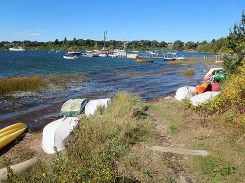 Great access to kayak or boat or SUP on the pond. Ask us to assist you in renting one for the week! We can even have it delivered and picked up right at your rental home! - Chatham Cape Cod New England Vacation Rentals