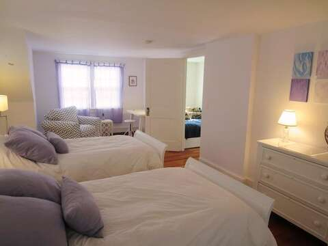 Upstairs Bedroom #2 with 2 Twin beds - 14 Ivy Lane Chatham Cape Cod New England Vacation Rentals