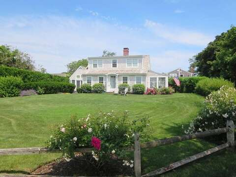 Large Yard! Great in town location. Walk to Lighthouse beach! - 14 Ivy Lane Chatham Cape Cod New England Vacation Rentals