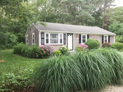 Welcome to Seas the Day! Enjoy lush lawn and gardens! - 37 Jacqueline Circle West Yarmouth Cape Cod New England Vacation Rentals