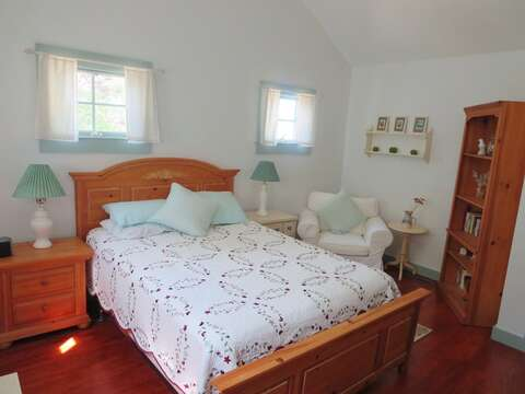 Bedroom 1 Queen Bed 1st floor - 49 Pleasant Lake Avenue Harwich Cape Cod New England Vacation Rentals