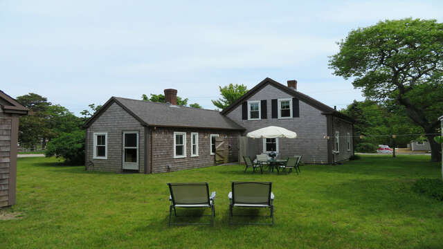 Large back yard for the kids to play and the adults to relax! - 38 Pleasant Street Harwich Port Cape Cod New England Vacation Rentals