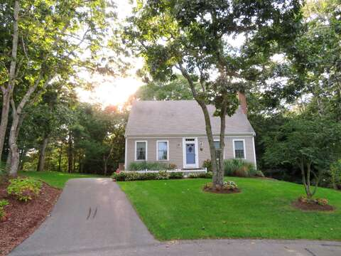 Located on the end of a cul-de-sac - plenty of privacy!  12 Alonzo Road South Harwich Cape Cod New England Vacation Rentals