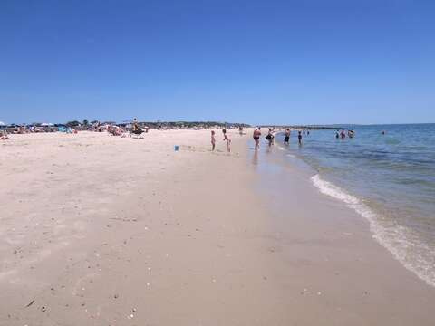 Red River Beach, a warmer water beach on Nantucket Sound. Just steps from the front door! Walk for miles along the shoreline. - South Harwich Cape Cod New England Vacation Rentals