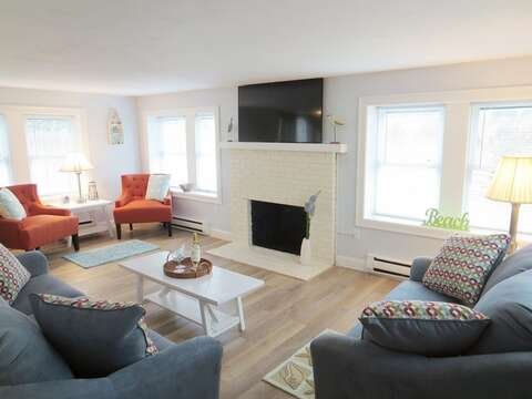 Welcome to Salty Paws! Entering from the Front door into the spacious living room - 15 Oyster Drive Chatham Cape Cod New England Vacation Rentals