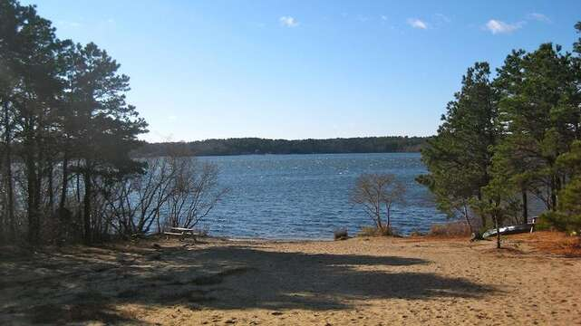 Seymour Pond- grab the kayak and enjoy the outdoors! - Brewster Cape Cod New England Vacation Rentals
