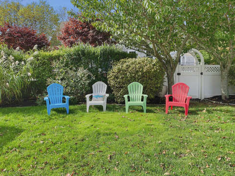 Outdoor Seating - 201 Main Street Chatham Cape Cod New England Vacation Rentals