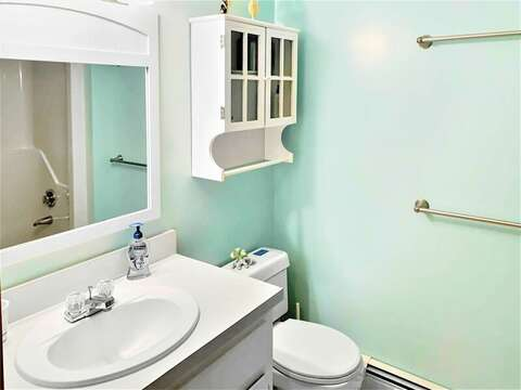 Bathroom 1 off hall with Tub and shower - 122 Tracy Lane Brewster Cape Cod New England Vacation Rentals