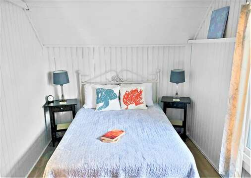 Bedroom #3 with Double bed and ceiling fan - 17 Ocean Avenue Harwich Port Cape Cod New England Vacation Rentals