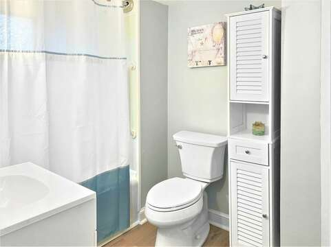 Full bath with tub and shower- 130 Belmont Road West Harwich- Cape Cod - New England Vacation Rentals