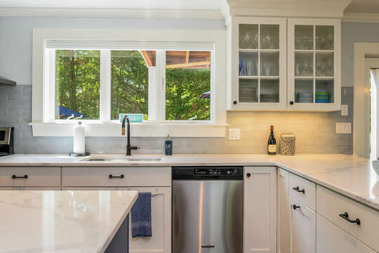 Stainless appliances-93 Bucks Creek Road Chatham Cape Cod New England Vacation Rentals