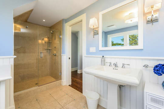 Ensuite bath #3 full with shower and tub-93 Bucks Creek Road Chatham Cape Cod New England Vacation Rentals