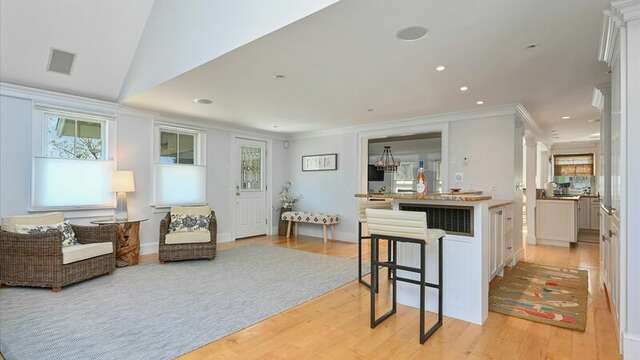 Sitting and Bar Area. 201 Main Street Chatham Cape Cod New England Vacation Rentals