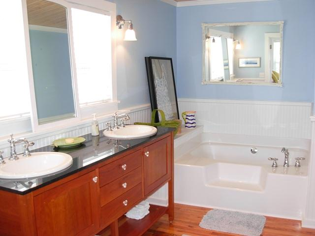 Master Bath (tub with separate shower stall)